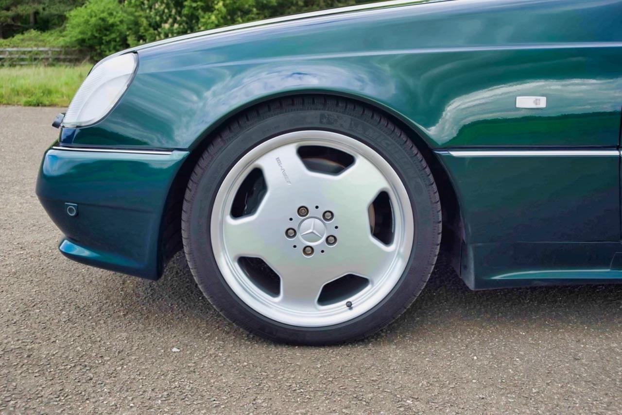 '98 Mercedes CL700 AMG... Simplement deuuuuuuux ! 5