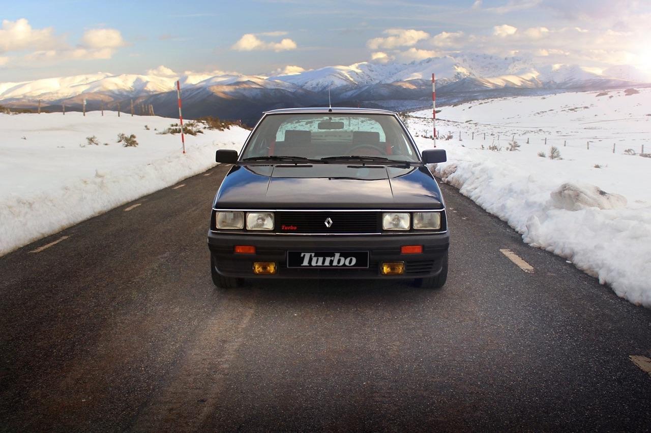'85 R11 Turbo - Youg'attitude ! 2