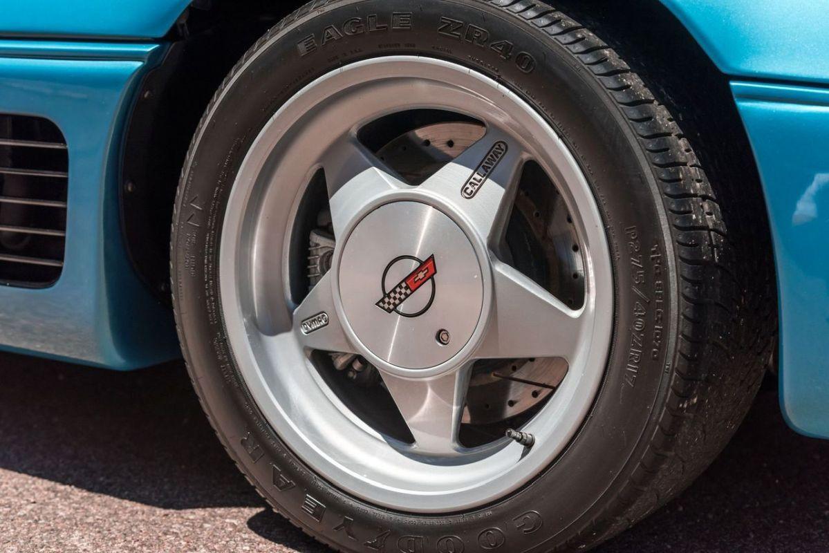 Chevrolet Callaway Corvette Twin Turbo - RPO B2K. 6