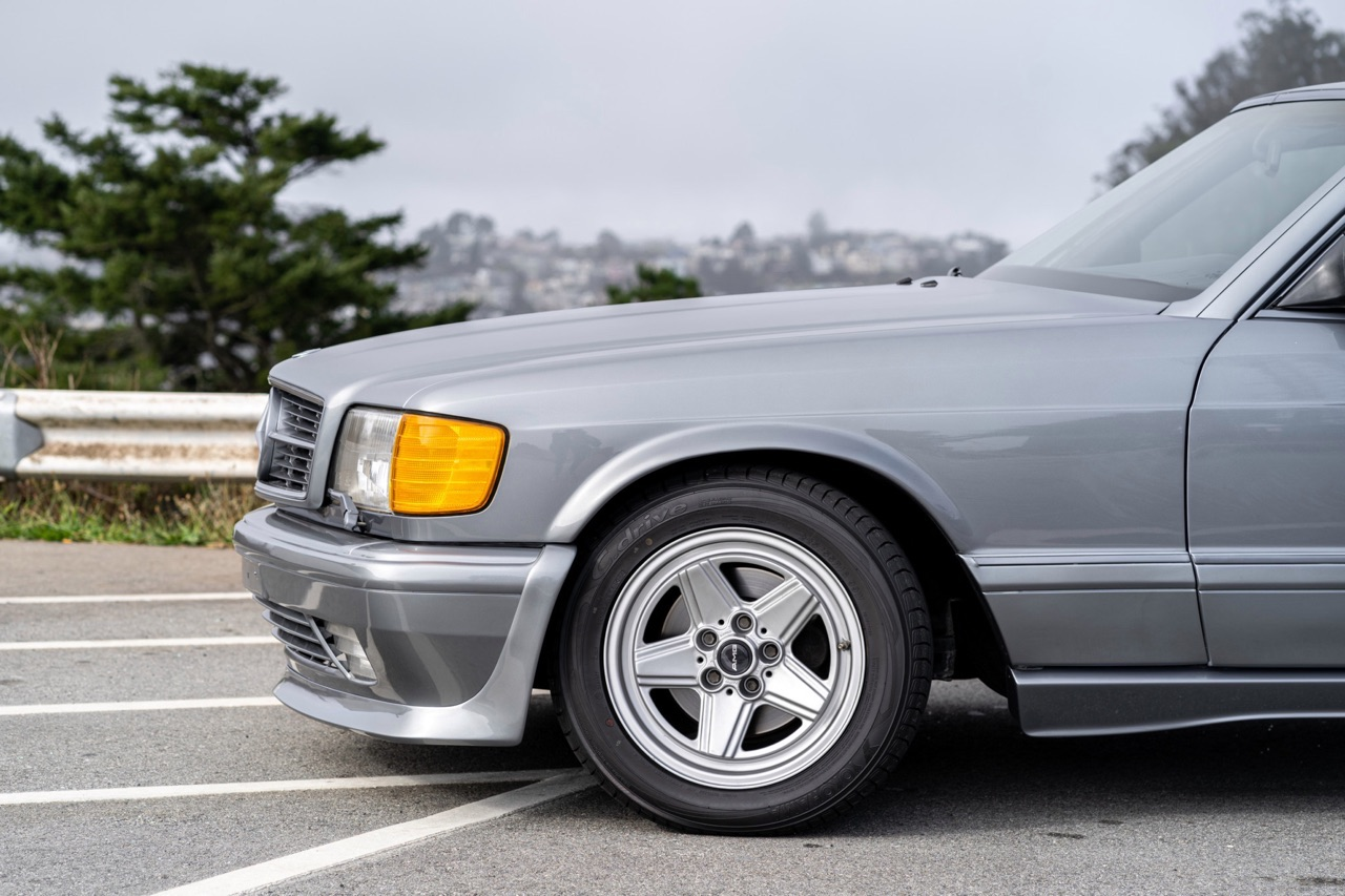 '88 Mercedes 560 SEC AMG - Full options... pour quoi faire ? 3