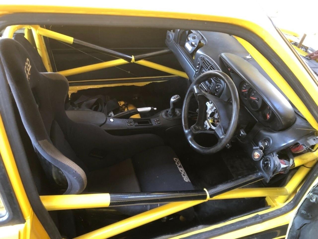 Quand tu transformes ton Porsche Boxster 2,7 en Peugeot 205 T16 ! 6