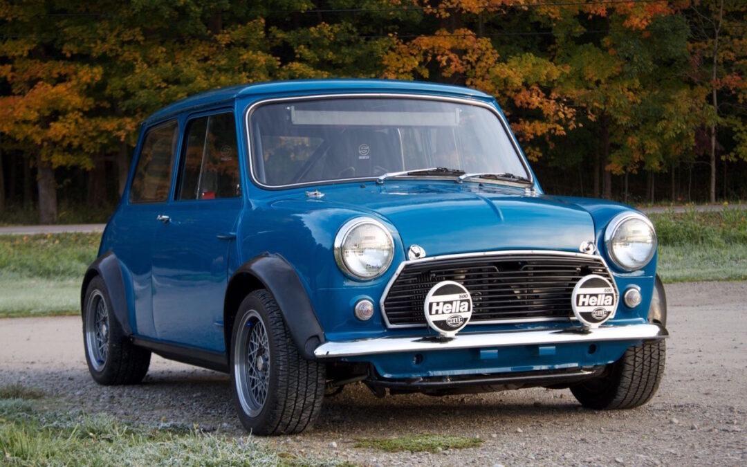 '62 Austin Mini Cooper Vtec… logique !
