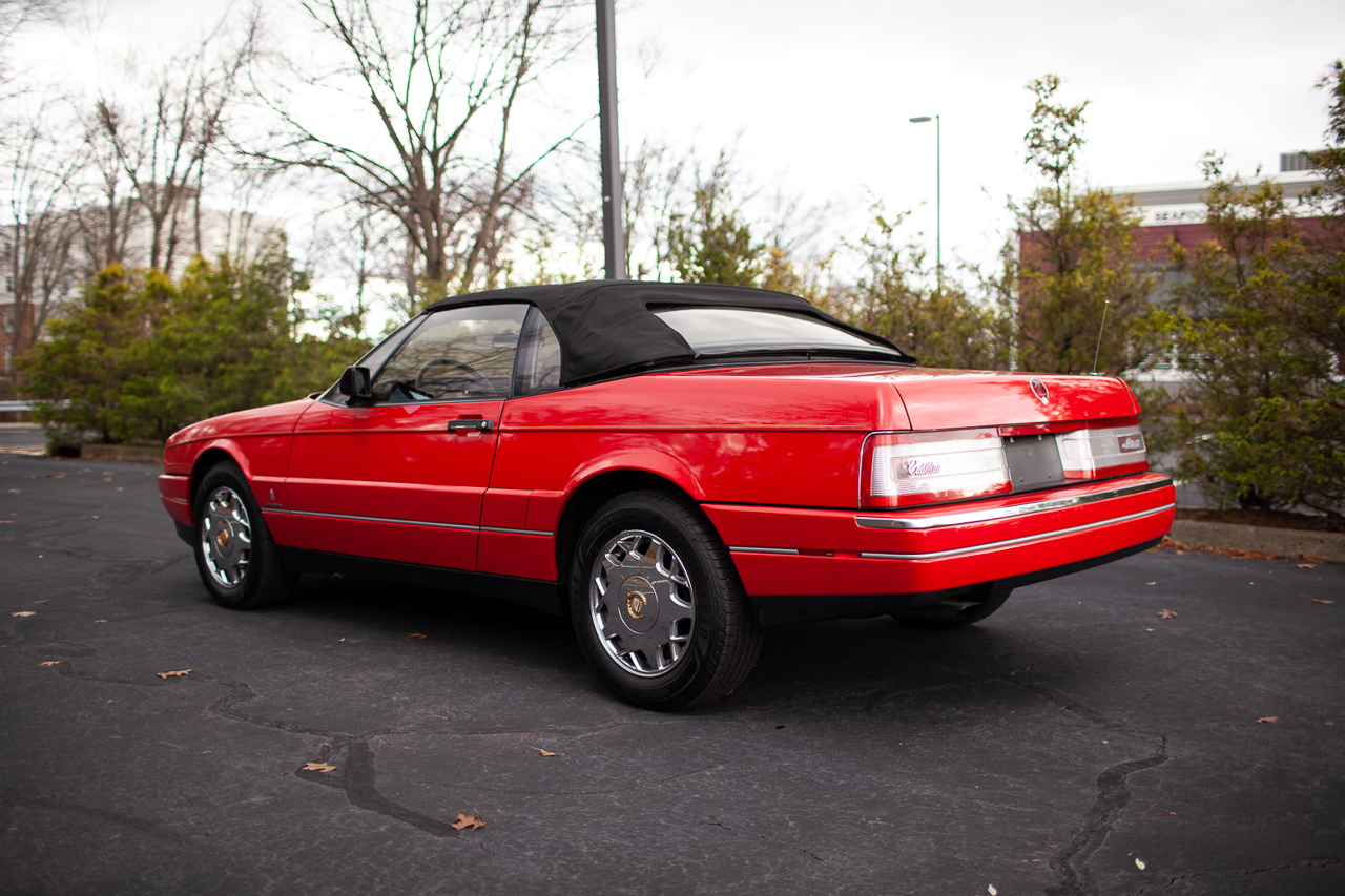 Cadillac Allanté - La ricaine la plus cool des 90's ?! 5