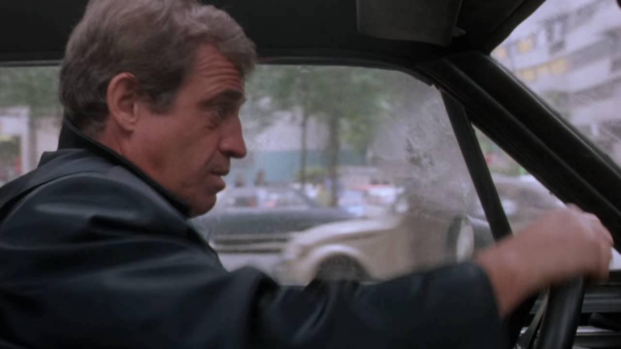 """Incontournable : La Ford Mustang de Belmondo dans """"Le marginal"""" 8"""