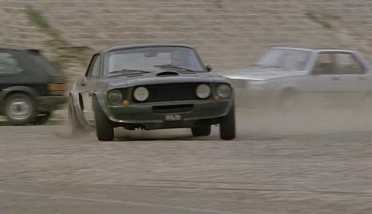 """Incontournable : La Ford Mustang de Belmondo dans """"Le marginal"""" 4"""
