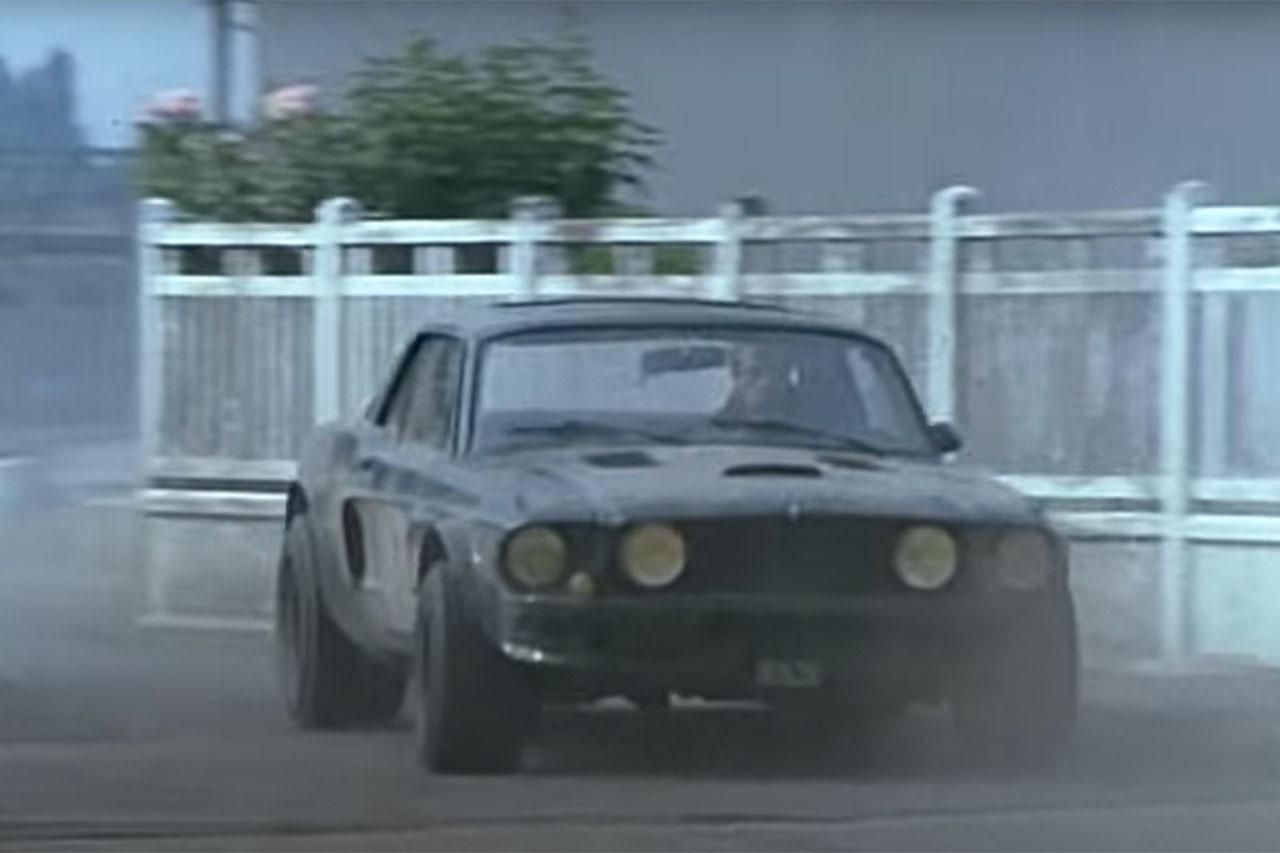 """Incontournable : La Ford Mustang de Belmondo dans """"Le marginal"""" 2"""