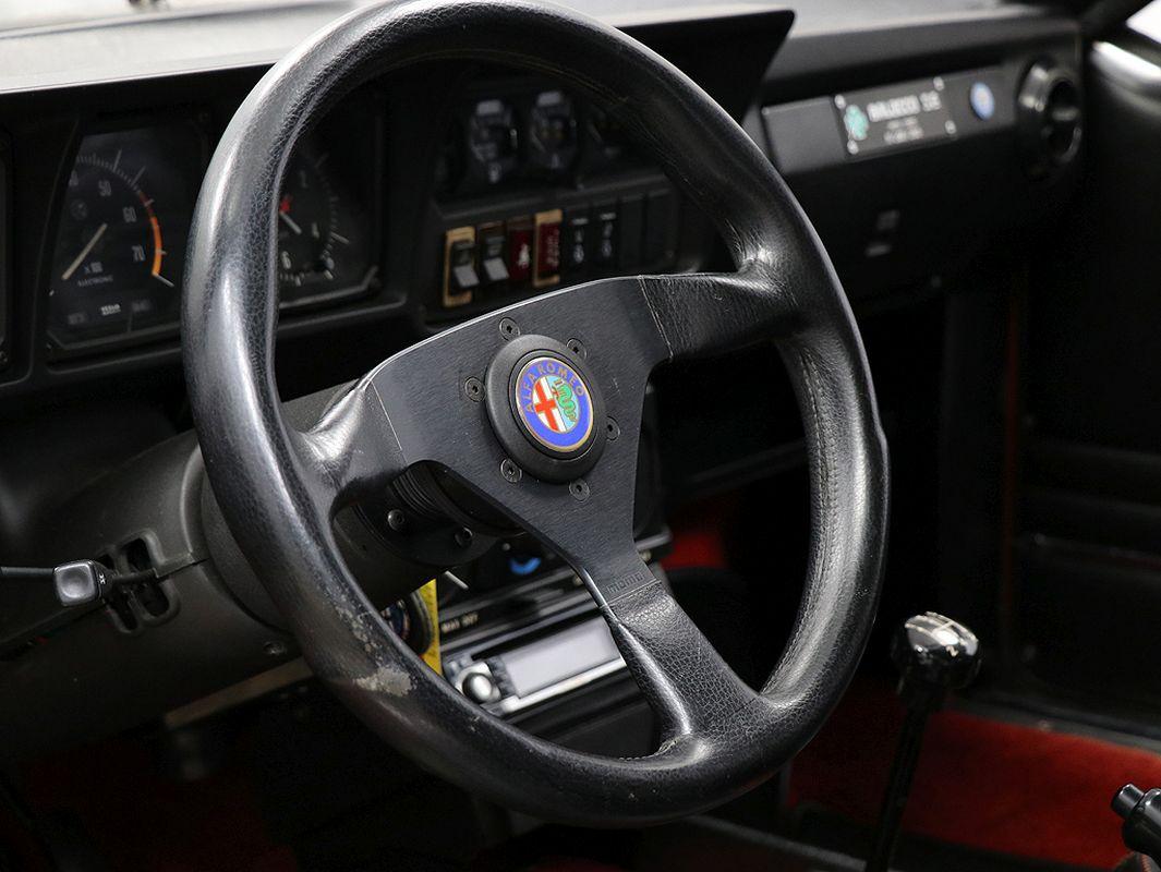 Alfa Romeo GTV6 3.0 l 24s - Et dieu créa le swap ! 4