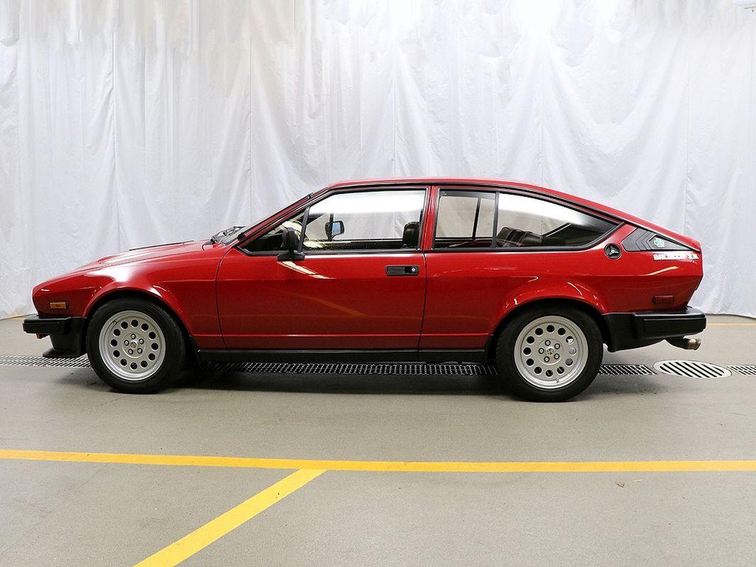 Alfa Romeo GTV6 3.0 l 24s - Et dieu créa le swap ! 2