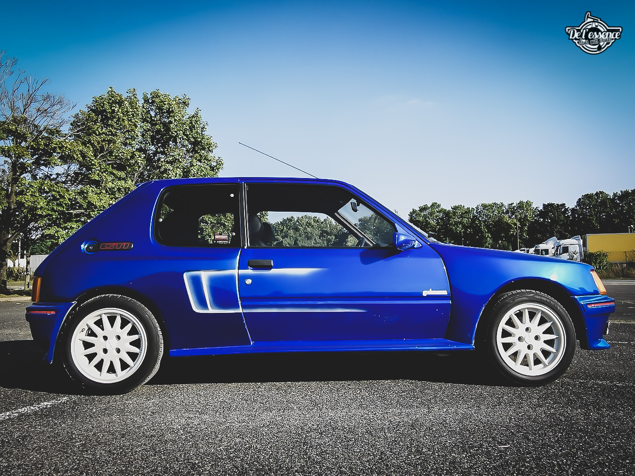 Peugeot 205 GTi Mi16 Gutmann - Quand le tuning devient collector ! 10